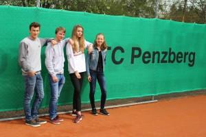 Kilian, Moritz, Charlie und Annika